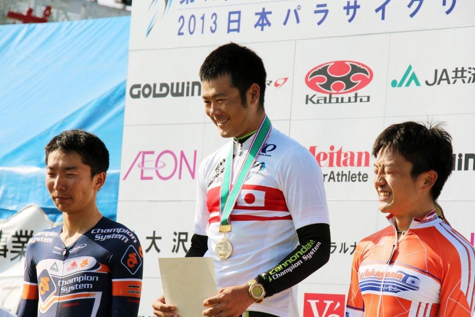 全日本選手権個人タイムトライアルWチャンピオン獲得!