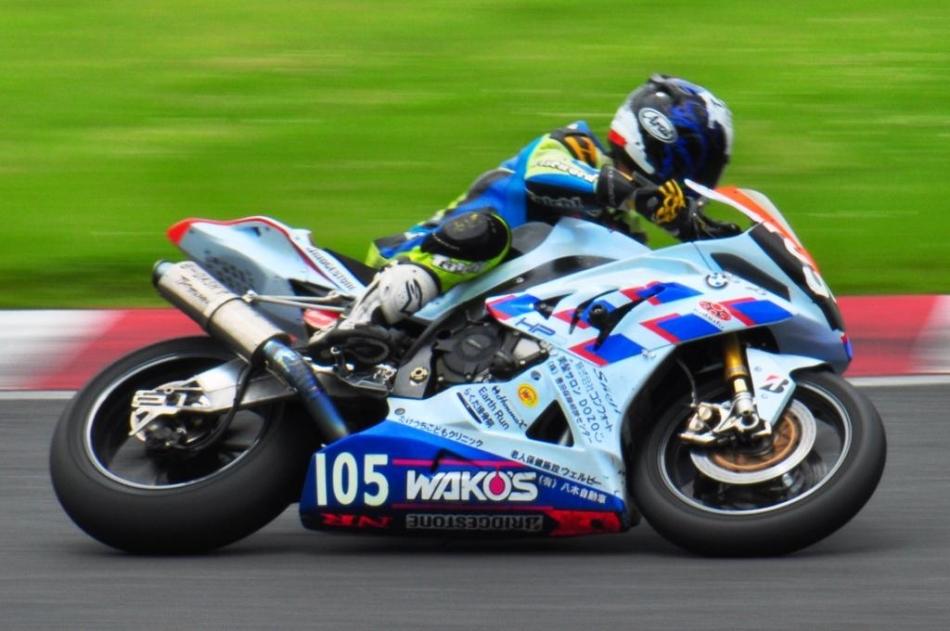 #105 Motorrad Toyota ナガサカレーシング